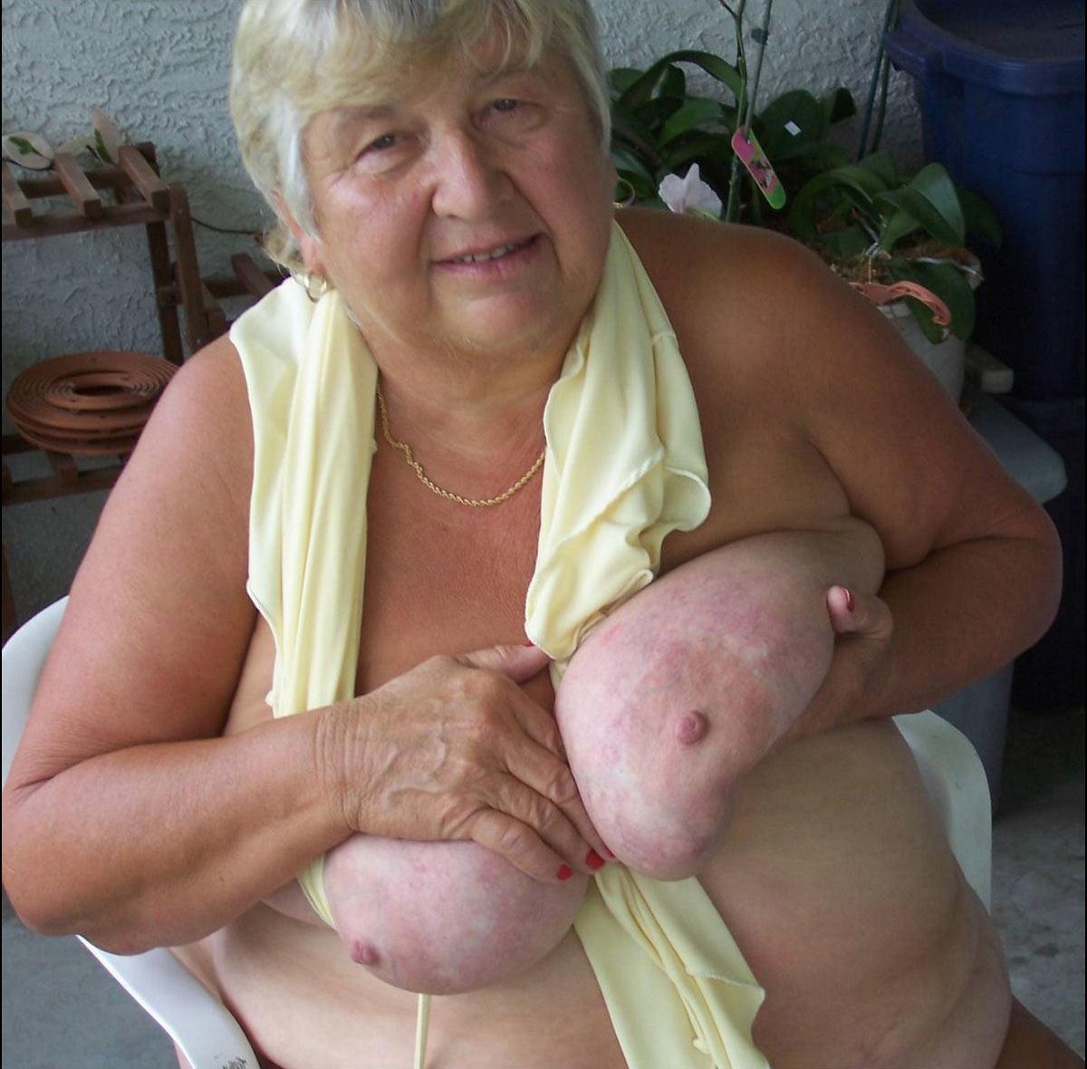 Фото жирная бабка 2 фотография
