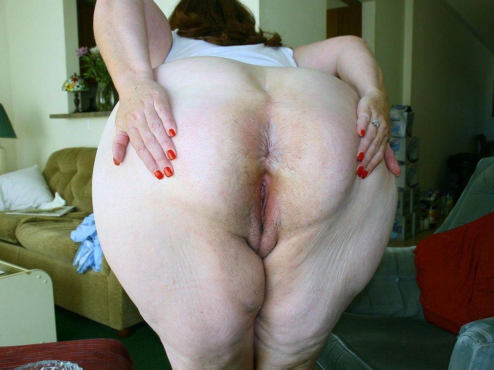 Kari wuhrer nude fakes