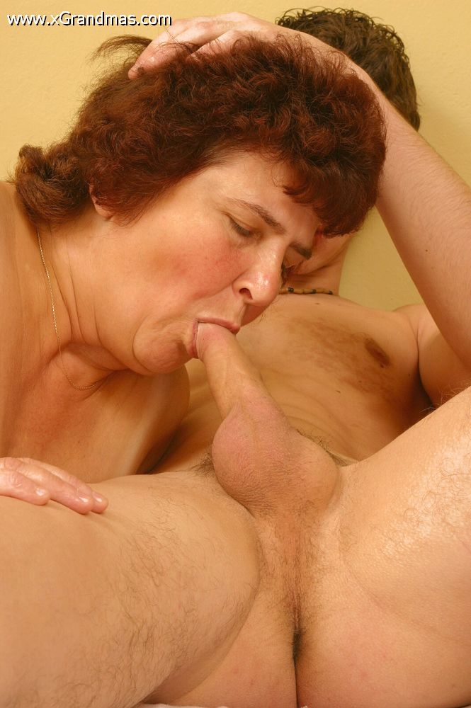 Amature nude mature women