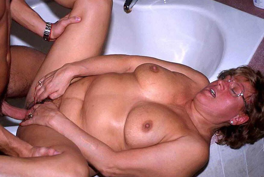 Porn video sex old woman